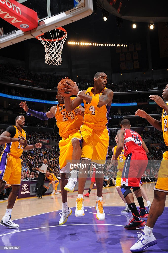 <a gi-track='captionPersonalityLinkClicked' href=/galleries/search?phrase=Antawn+Jamison&family=editorial&specificpeople=201670 ng-click='$event.stopPropagation()'>Antawn Jamison</a> #4 of the Los Angeles Lakers passes the ball against the Washington Wizards at Staples Center on March 22, 2013 in Los Angeles, California.