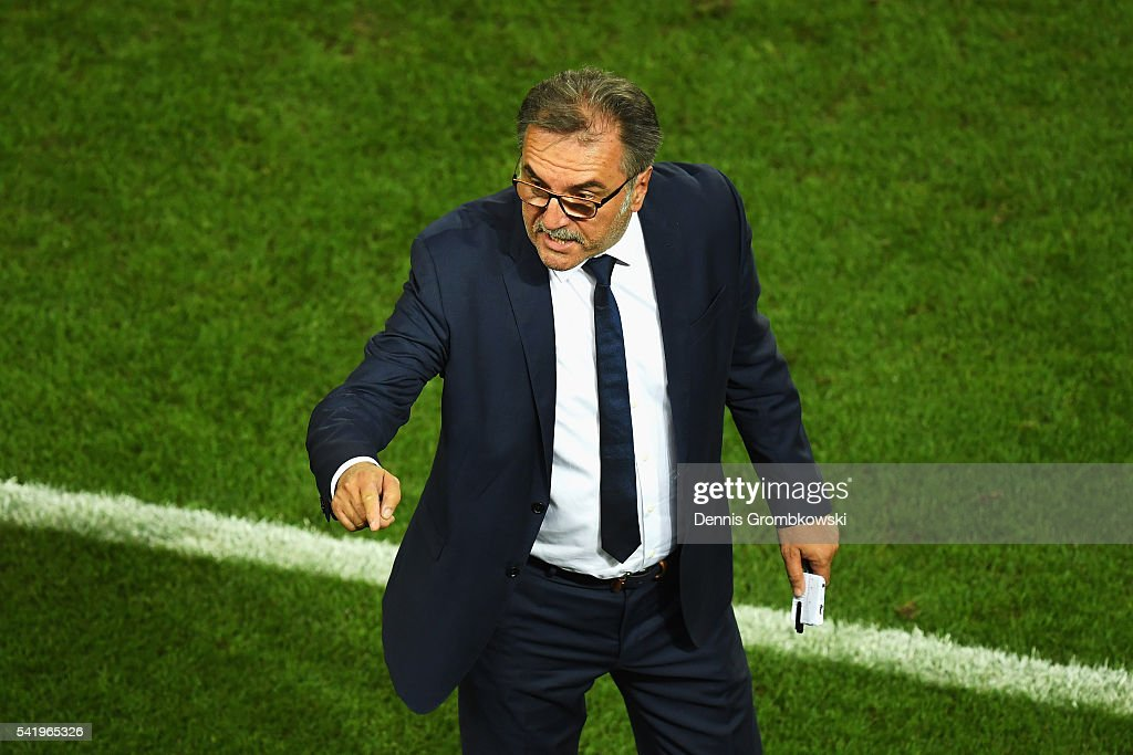 Ante Cacic head coach of Croatia gestures during the UEFA EURO 2016 Group D match between Croatia and Spain at Stade Matmut Atlantique on June 21, 2016 in Bordeaux, France.