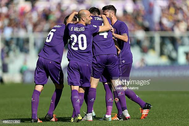 Ante Rebic of ACF Fiorentina celebrates after scoring a goal during the Serie A match between ACF Fiorentina and Frosinone Calcio at Stadio Artemio...