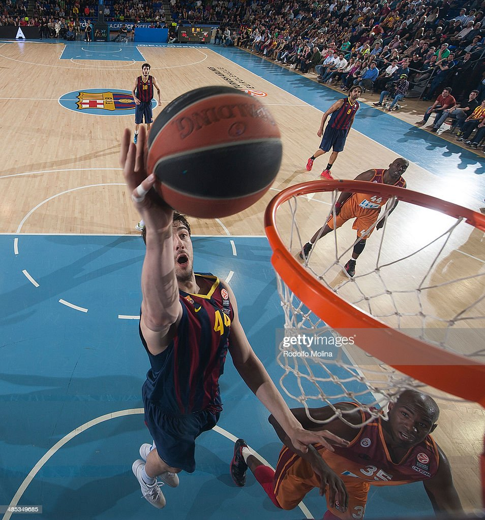Ante Tomic, #44 of FC Barcelona in action during the Turkish Airlines Euroleague Basketball Play Off Game 2 between FC Barcelona Regal v Galatasaray Liv Hospital Istanbul at Palau Blaugrana on April 17, 2014 in Barcelona, Spain.