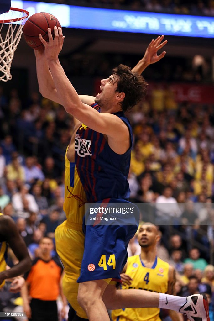 Ante Tomic, #44 of FC Barcelona Regal in action during the 2012-2013 Turkish Airlines Euroleague Top 16 Date 7 between Maccabi Electra Tel Aviv v FC Barcelona Regal at Nokia Arena on February 14, 2013 in Tel Aviv, Israel.