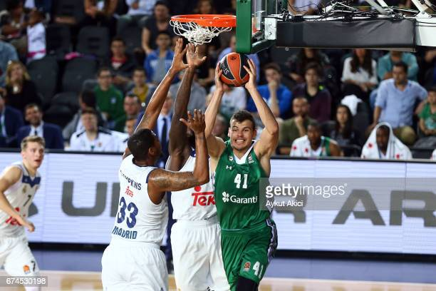 Ante Zizic #41 of Darussafaka Dogus Istanbul in action during the 2016/2017 Turkish Airlines EuroLeague Playoffs leg 4 game between Darussafaka Dogus...