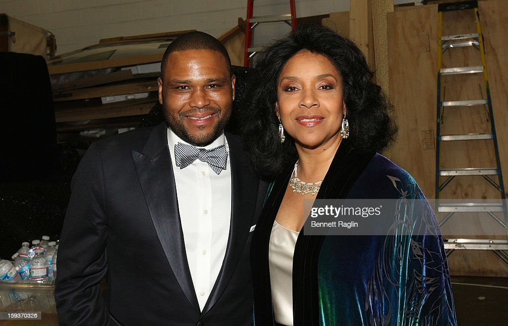 Anthony Anderson and Phylicia Rashad attend BET Honors 2013: Backstage at Warner Theatre on January 12, 2013 in Washington, DC.