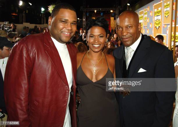 Anthony Anderson Nia Long and John Singleton during 2005 VH1 Hip Hop Honors Gold Carpet at Hammerstein Ballroom in New York City New York United...