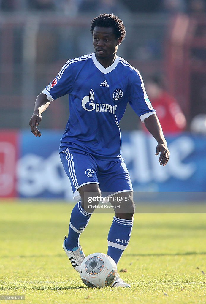 <a gi-track='captionPersonalityLinkClicked' href=/galleries/search?phrase=Anthony+Annan&family=editorial&specificpeople=646720 ng-click='$event.stopPropagation()'>Anthony Annan</a> of Schalke runs with the ball during the friendly match between RW Oberhausen and FC Schalke 04 at Niederrhein Stadion on January 19, 2014 in Oberhausen, Germany.