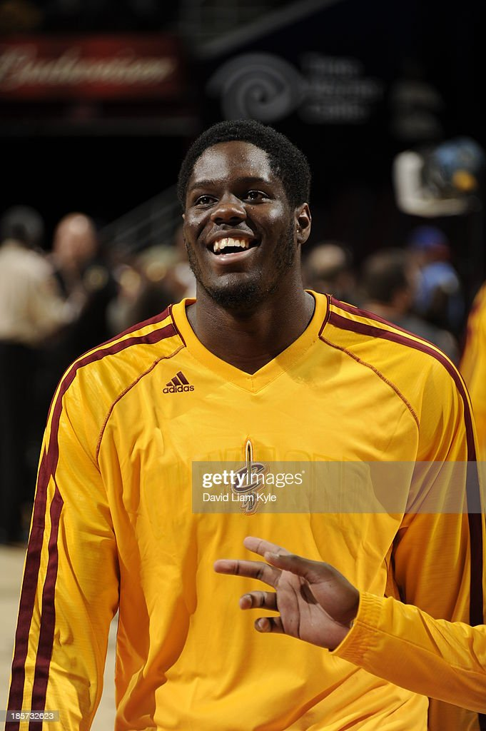 Anthony Bennett #15 of the Cleveland Cavaliers warms up against the Milwaukee Bucks at The Quicken Loans Arena on October 8, 2013 in Cleveland, Ohio.