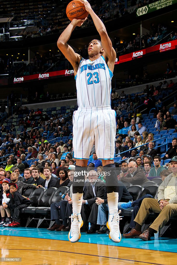 Anthony Davis #23 of the New Orleans Hornets shoots against the San Antonio Spurs on January 7, 2013 at the New Orleans Arena in New Orleans, Louisiana.