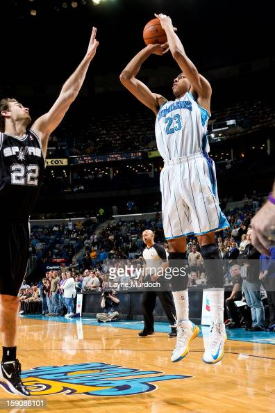 Anthony Davis of the New Orleans Hornets shoots against Tiago Splitter of the San Antonio Spurs on January 7 2013 at the New Orleans Arena in New...
