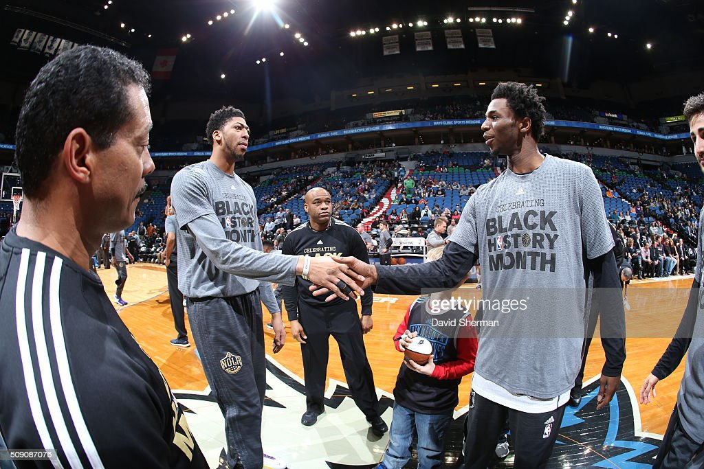 <a gi-track='captionPersonalityLinkClicked' href=/galleries/search?phrase=Anthony+Davis+-+Basketballer&family=editorial&specificpeople=9539354 ng-click='$event.stopPropagation()'>Anthony Davis</a> #23 of the New Orleans Pelicans and <a gi-track='captionPersonalityLinkClicked' href=/galleries/search?phrase=Andrew+Wiggins&family=editorial&specificpeople=7720937 ng-click='$event.stopPropagation()'>Andrew Wiggins</a> #22 of the Minnesota Timberwolves greet each other before the game against the Minnesota Timberwolves on February 8, 2016 at Target Center in Minneapolis, Minnesota.