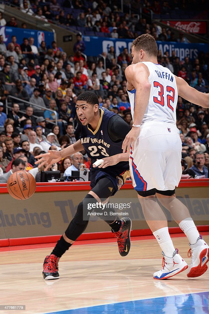 Anthony Davis #23 of the New Orleans Pelicans drives to the basket against the Los Angeles Clippers at STAPLES Center on March 1, 2014 in Los Angeles, California.