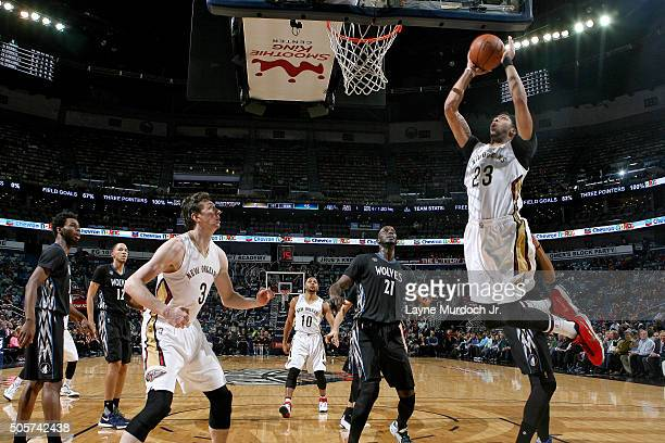 Anthony Davis of the New Orleans Pelicans goes for the dunk during the game against the Minnesota Timberwolves on January 19 2016 at the Smoothie...