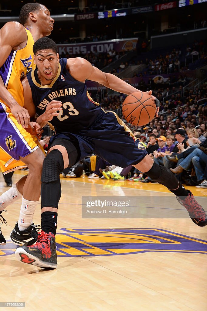 Anthony Davis #23 of the New Orleans Pelicans handles the ball against the Los Angeles Lakers at Staples Center on March 4, 2014 in Los Angeles, California.