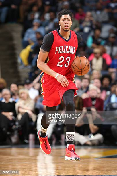 Anthony Davis of the New Orleans Pelicans handles the ball against the Memphis Grizzlies on January 18 2016 in Memphis Tennessee NOTE TO USER User...