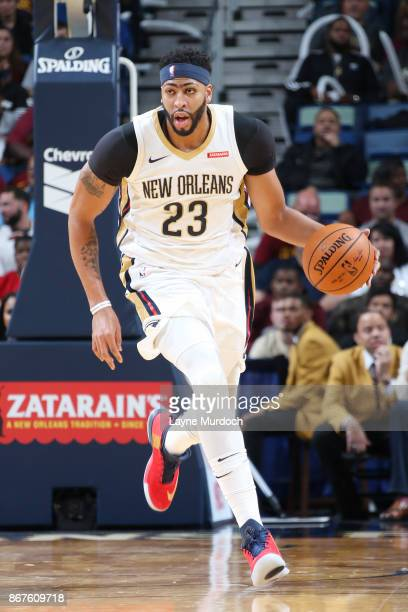 Anthony Davis of the New Orleans Pelicans handles the ball against the Cleveland Cavaliers on October 28 2017 at the Smoothie King Center in New...