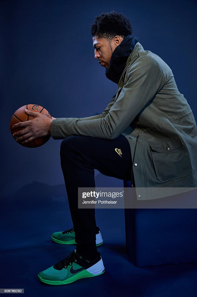 <a gi-track='captionPersonalityLinkClicked' href=/galleries/search?phrase=Anthony+Davis+-+Basketspelare&family=editorial&specificpeople=9539354 ng-click='$event.stopPropagation()'>Anthony Davis</a> #23 of the New Orleans Pelicans poses for a portrait during NBA All-Star Weekend on February 12, 2016 at the Sheraton Centre in Toronto, Ontario Canada.