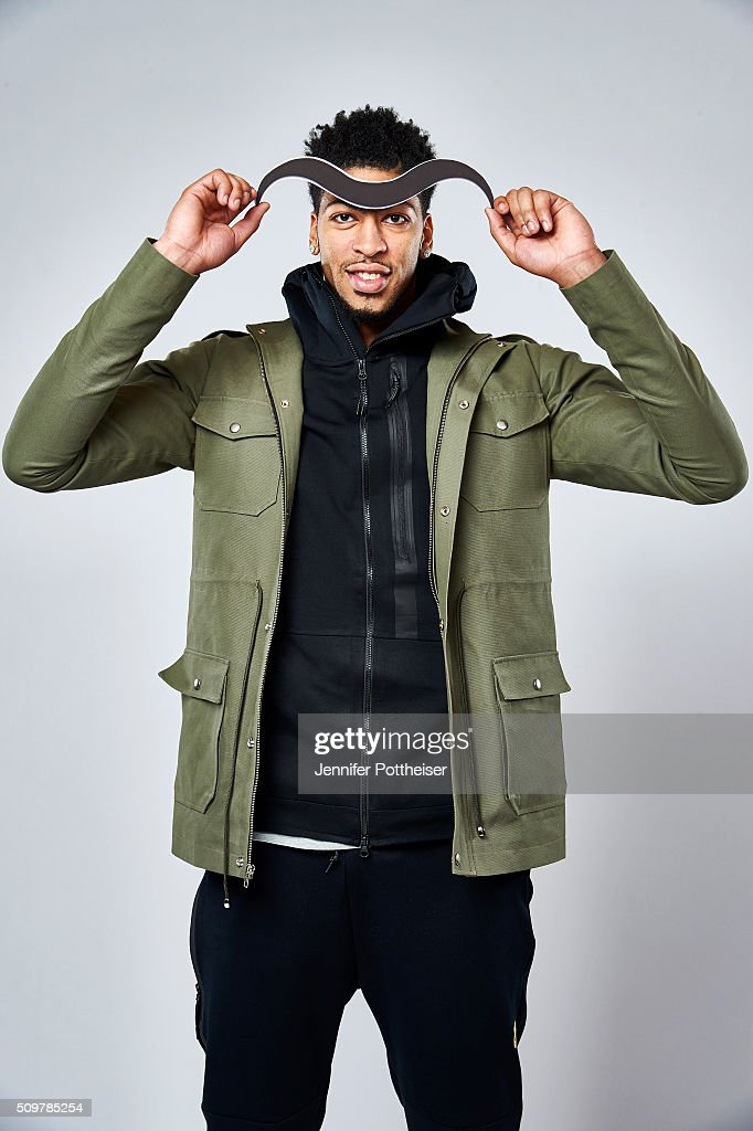 <a gi-track='captionPersonalityLinkClicked' href=/galleries/search?phrase=Anthony+Davis+-+Basketball+Player&family=editorial&specificpeople=9539354 ng-click='$event.stopPropagation()'>Anthony Davis</a> #23 of the New Orleans Pelicans poses for a portrait with the Twitter emoji during NBA All-Star Weekend on February 12, 2016 at the Sheraton Centre in Toronto, Ontario Canada.