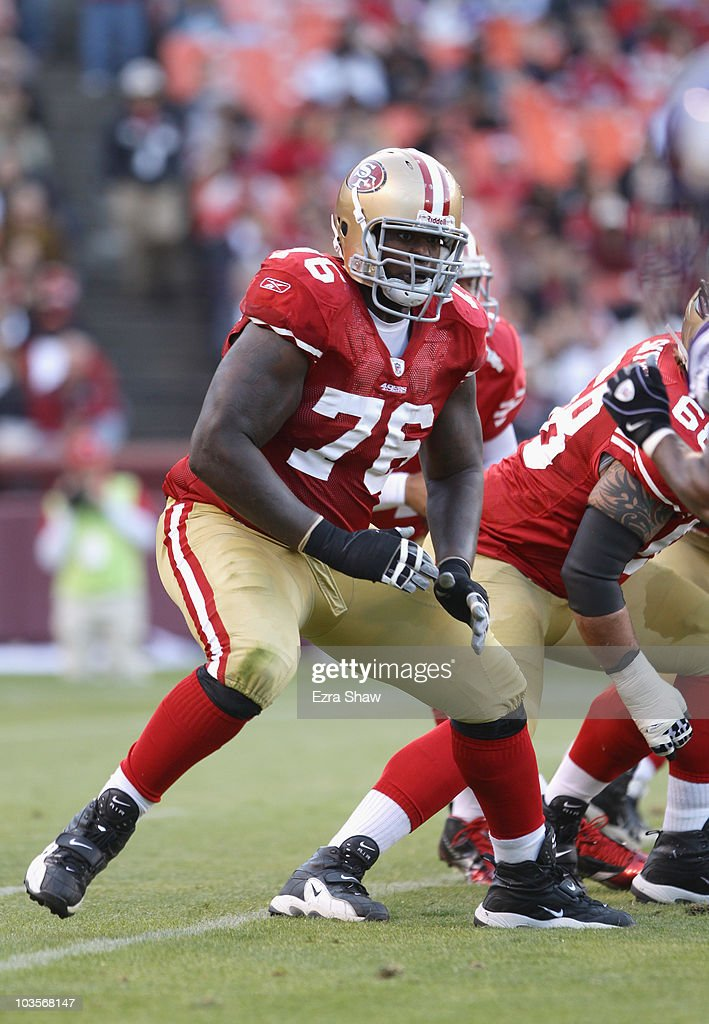 Anthony Davis #76 of the San Francisco 49ers in action against the Minnesota Vikings at Candlestick Park on August 22, 2010 in San Francisco, California.