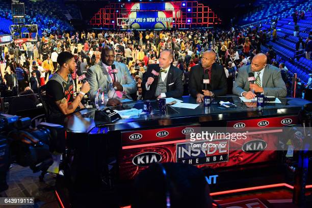 Anthony Davis of the Western Conference is pictured with Shaquille O'Neal Ernie Johnson Kenny Smith and Charley Barkley after the 2017 NBA AllStar...