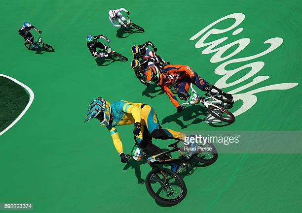 Anthony Dean of Australia leads the pack during the Men's BMX Semi Final on day 14 of the Rio 2016 Olympic Games at the Olympic BMX Centre on August...
