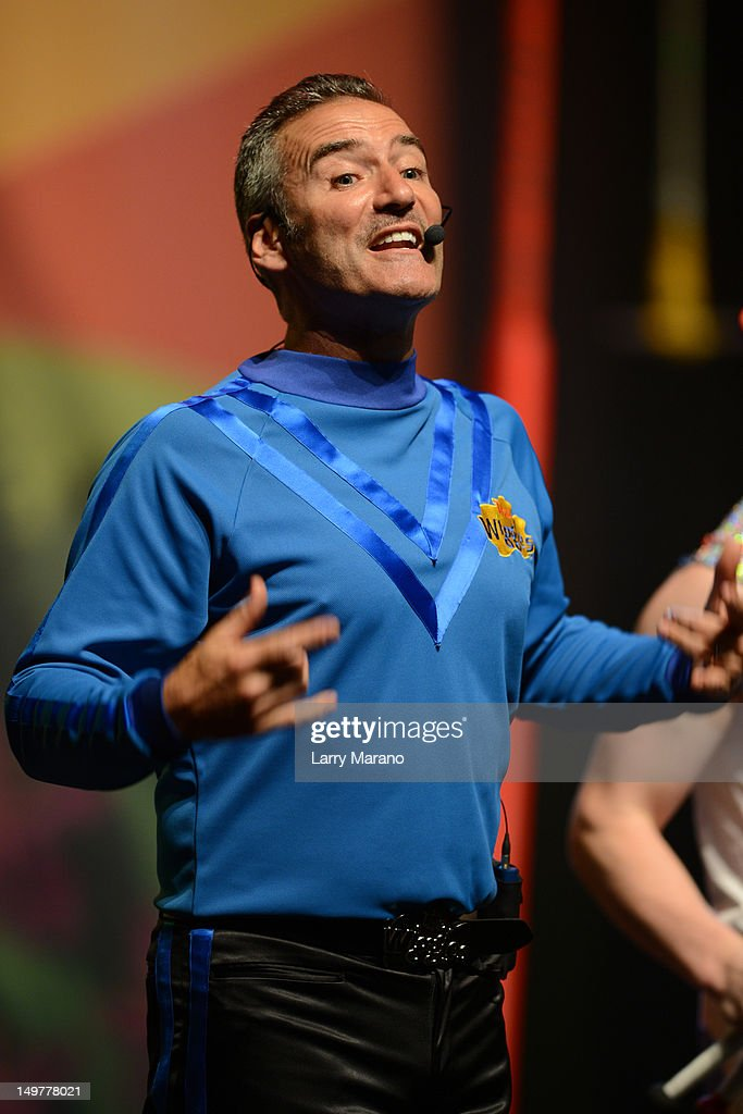 <a gi-track='captionPersonalityLinkClicked' href=/galleries/search?phrase=Anthony+Field&family=editorial&specificpeople=2237442 ng-click='$event.stopPropagation()'>Anthony Field</a> of The Wiggles performs at Fillmore Miami Beach on August 3, 2012 in Miami Beach, Florida.