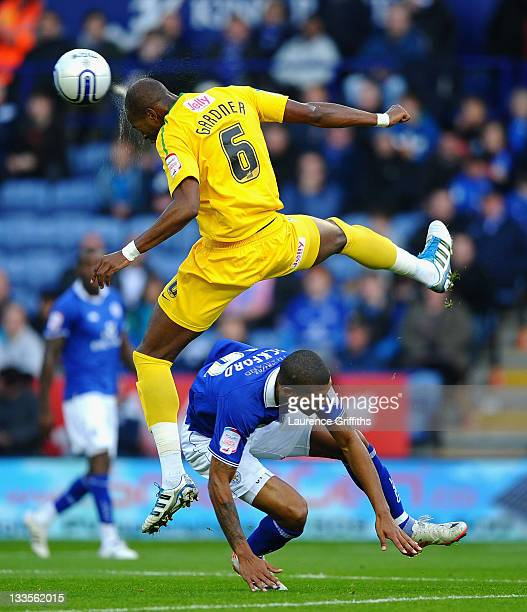 Anthony Gardner of Crystal Palace rises above Jermaine Beckford of Leicester City during the npower Championship match between Leicester City and...