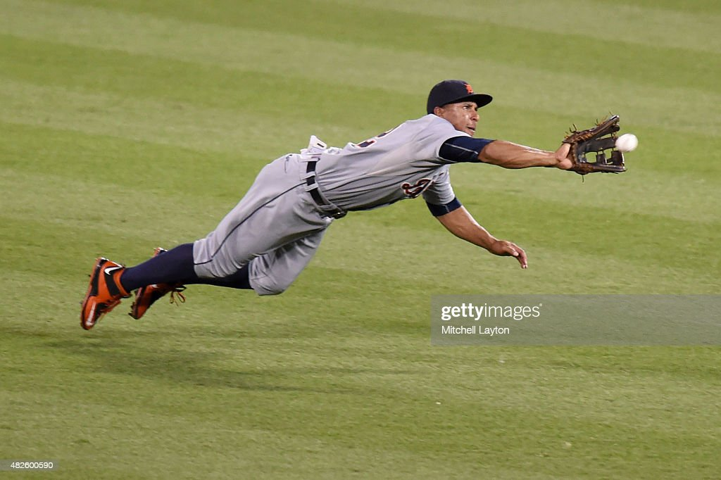 <a gi-track='captionPersonalityLinkClicked' href=/galleries/search?phrase=Anthony+Gose&family=editorial&specificpeople=6906091 ng-click='$event.stopPropagation()'>Anthony Gose</a> #12 of the Detroit Tigers can not catch a ball hit by Adam Jones #10 of the Baltimore Orioles of the in the sixth inning during a baseball game at Oriole Park at Camden Yards on July 31, 2015 in Baltimore, Maryland.