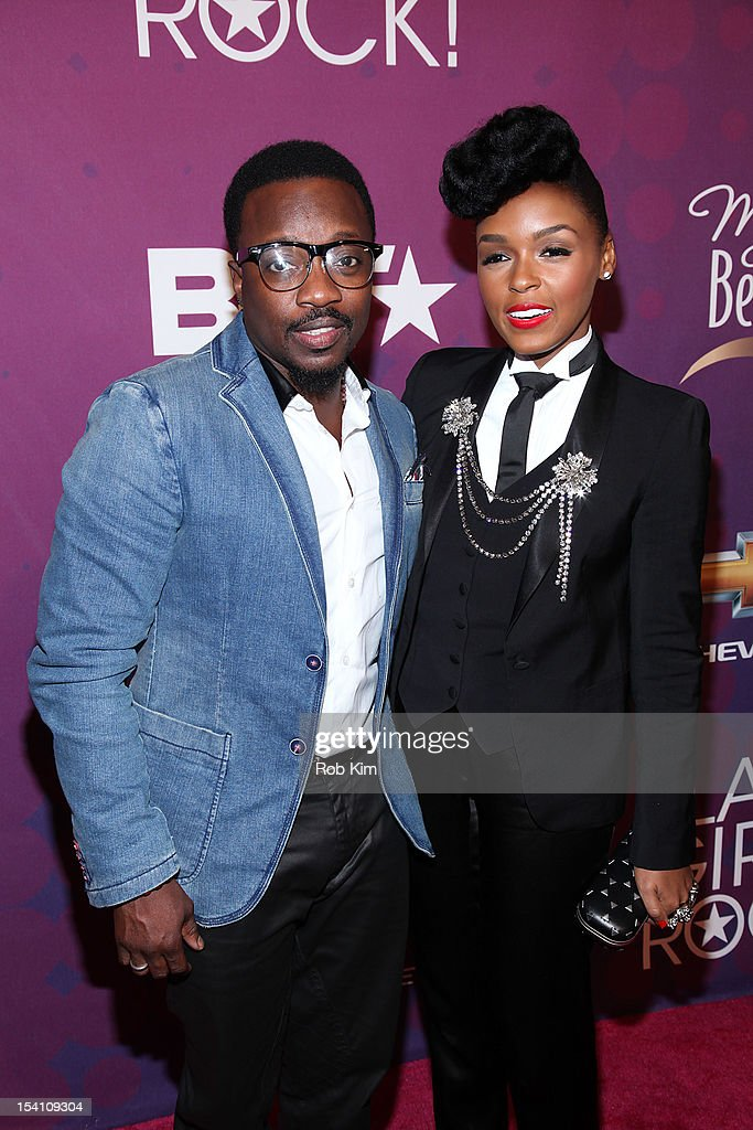 Anthony Hamilton (L) and <a gi-track='captionPersonalityLinkClicked' href=/galleries/search?phrase=Janelle+Monae&family=editorial&specificpeople=715847 ng-click='$event.stopPropagation()'>Janelle Monae</a> attend Black Girls Rock! 2012 at the Paradise Theater on October 13, 2012 in the Bronx borough of New York City.