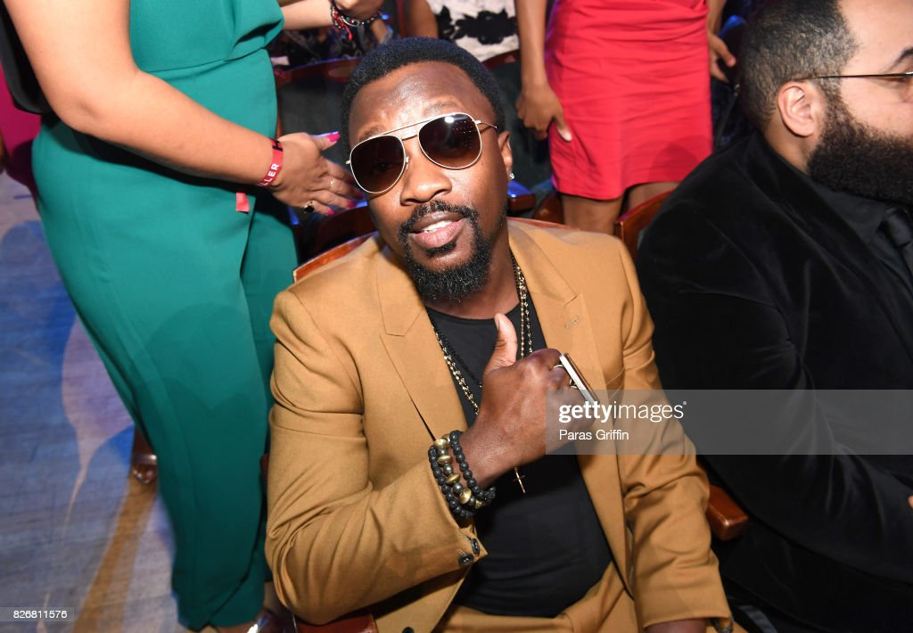 Anthony Hamilton attends Black Girls Rock! 2017 backstage at NJPAC on August 5, 2017 in Newark, New Jersey.