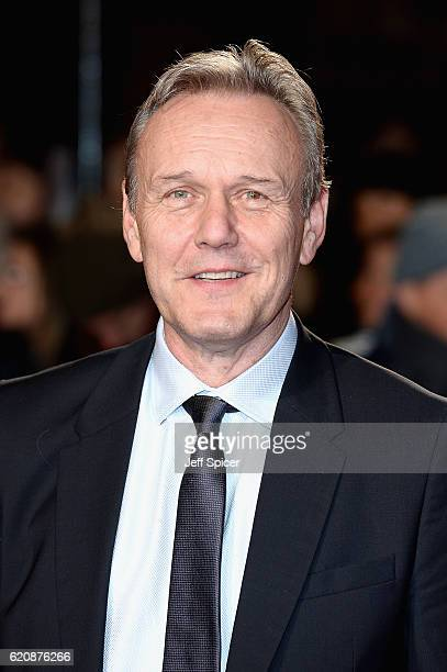 Anthony Head attends the UK Premiere of 'A Street Cat Named Bob' in aid of Action On Addiction on November 3 2016 in London United Kingdom