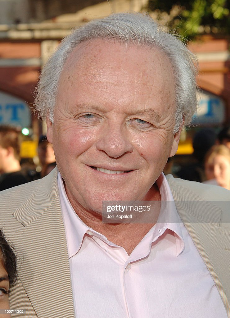 Anthony Hopkins during 'War of the Worlds' Los Angeles Premiere and ... Anthony Hopkins