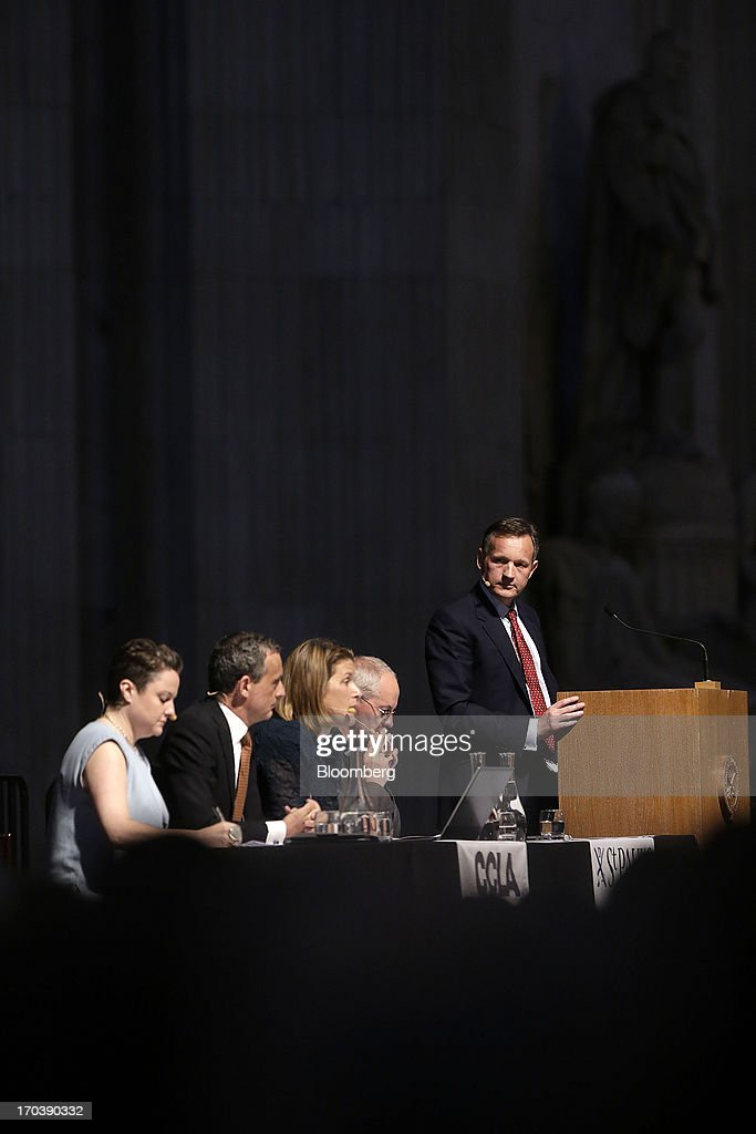 <a gi-track='captionPersonalityLinkClicked' href=/galleries/search?phrase=Anthony+Jenkins&family=editorial&specificpeople=3563847 ng-click='$event.stopPropagation()'>Anthony Jenkins</a>, chief executive officer of Barclays Plc, right, speaks during the 'What kind of City do we want? Good Banks' debate at St Paul's cathedral in London, U.K., on Wednesday, June 12, 2013. Britain's four biggest banks will have eliminated about 189,000 jobs by the end of this year from their peak staffing levels, bringing employment to a nine-year low amid a dearth of revenue. Photographer: Matthew Lloyd/Bloomberg via Getty Images
