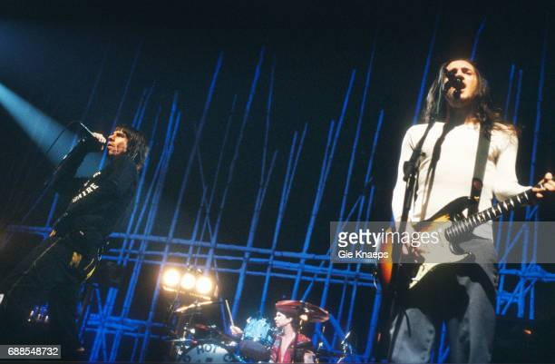 Anthony Kiedis John Frusciante Chad Smith Red Hot Chili Peppers Sportpaleis Antwerpen Belgium