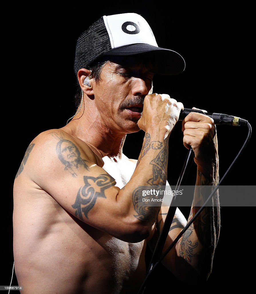<a gi-track='captionPersonalityLinkClicked' href=/galleries/search?phrase=Anthony+Kiedis&family=editorial&specificpeople=202189 ng-click='$event.stopPropagation()'>Anthony Kiedis</a> of The Red Hot Chilli Peppers performs live on stage at Big Day Out 2013 at Sydney Showground on January 18, 2013 in Sydney, Australia.