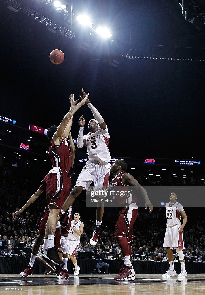 Anthony Lee #3 of the Temple Owls drives to the net against the Massachusetts Minutemen during the Quarterfinals of the Atlantic 10 Basketball Tournament at Barclays Center on March 15, 2013 in the Brooklyn borough of New York City.Massachusetts Minutemen defetaed the Temple Owls 79-74.