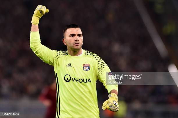 Anthony Lopes of Olympique Lyonnais celebrates after Mouctar Diakhaby of Olympique Lyonnais scored first goal during the UEFA Europa League match...