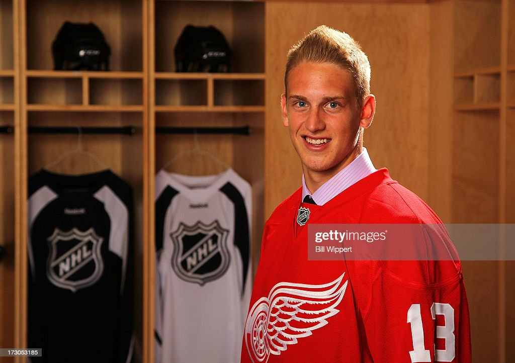Anthony Mantha, 20th pick overall by the Detroit Red Wings, poses for a portrait during the 2013 NHL Draft at Prudential Center on June 30, 2013 in Newark, New Jersey.
