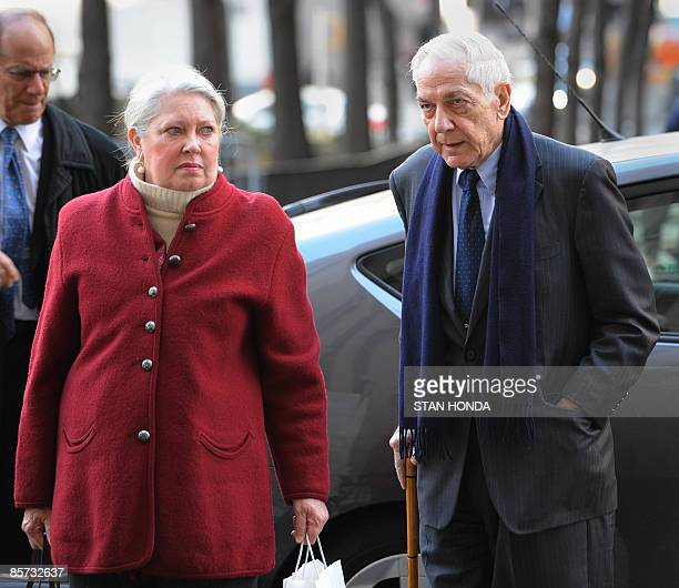 Anthony Marshall and wife Charlene arrive at Manhattan Criminal Court March 31 2009 in New York for jury selection in his case Marshall son of the...