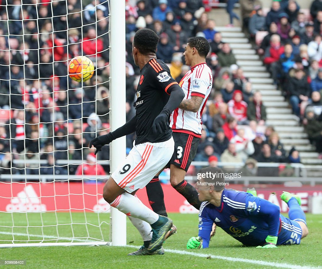 <a gi-track='captionPersonalityLinkClicked' href=/galleries/search?phrase=Anthony+Martial&family=editorial&specificpeople=9197434 ng-click='$event.stopPropagation()'>Anthony Martial</a> of Manchester United scores their first goal during the Barclays Premier League match between Sunderland and Manchester United at Stadium of Light on February 13, 2016 in Sunderland, England.