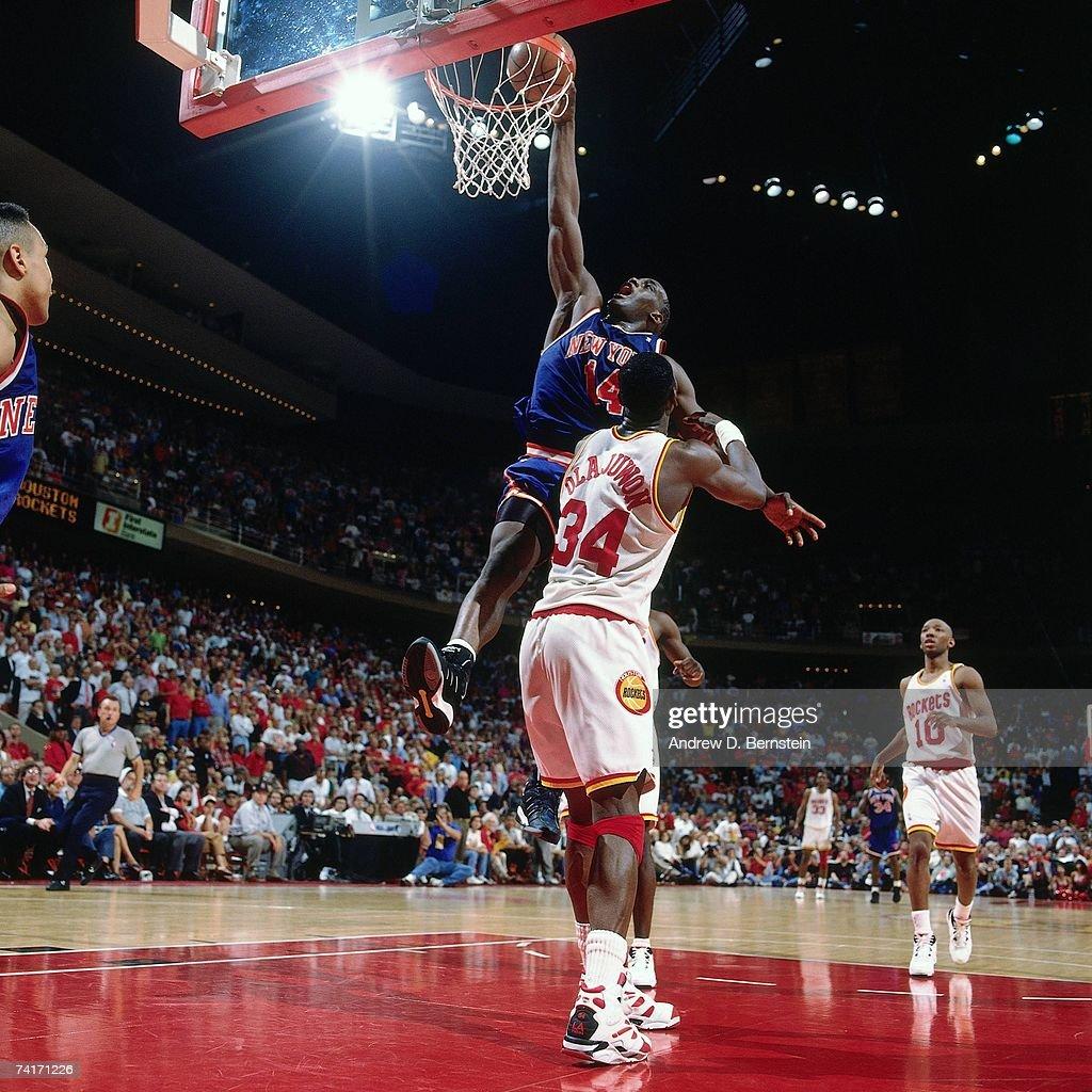 Ho houston rockets nba championship - Houston Rockets Anthony Mason 14 Of The New York Knicks Dunks Against Hakeem Olajuwon 34 Of