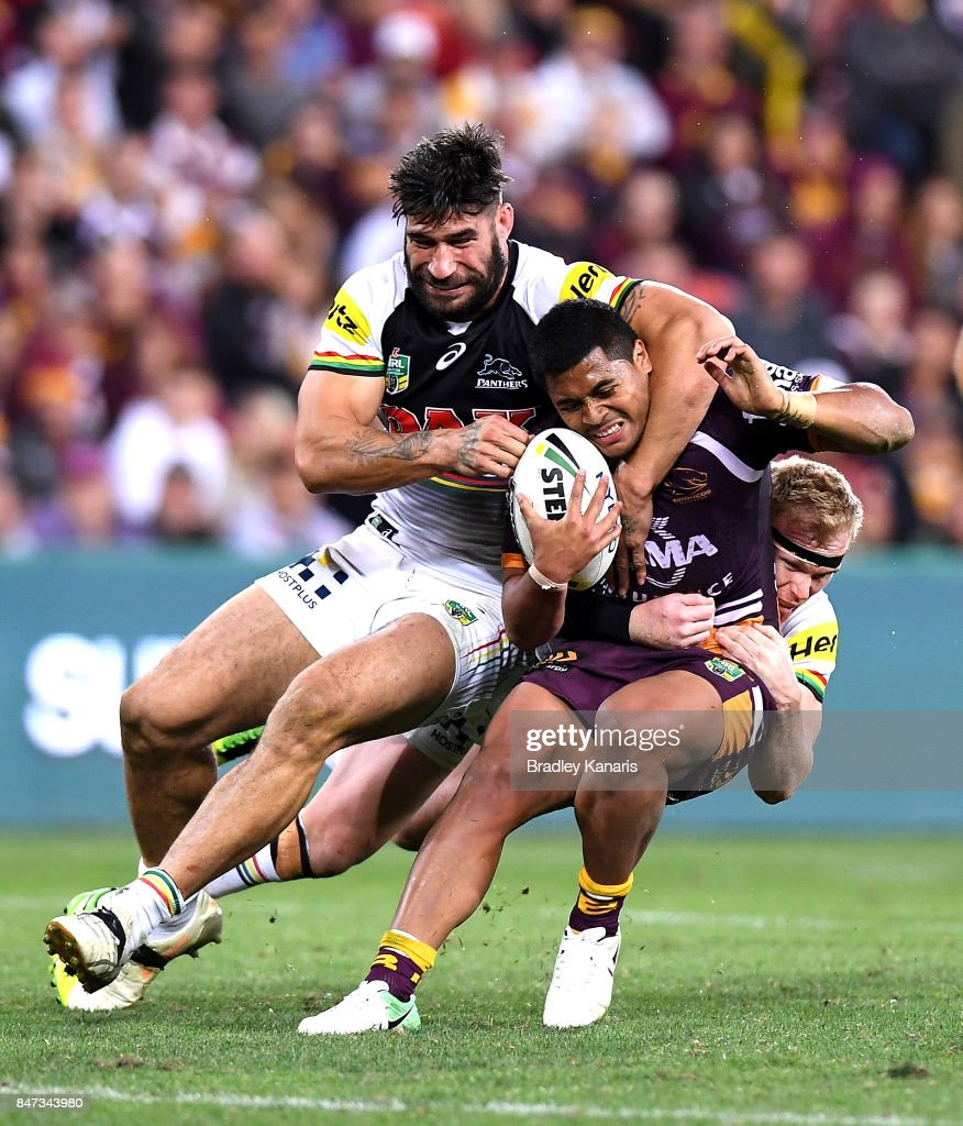 Anthony Milford of the Broncos is wrapped up by the defence during the NRL Semi Final match between the Brisbane Broncos and the Penrith Panthers at Suncorp Stadium on September 15, 2017 in Brisbane, Australia.