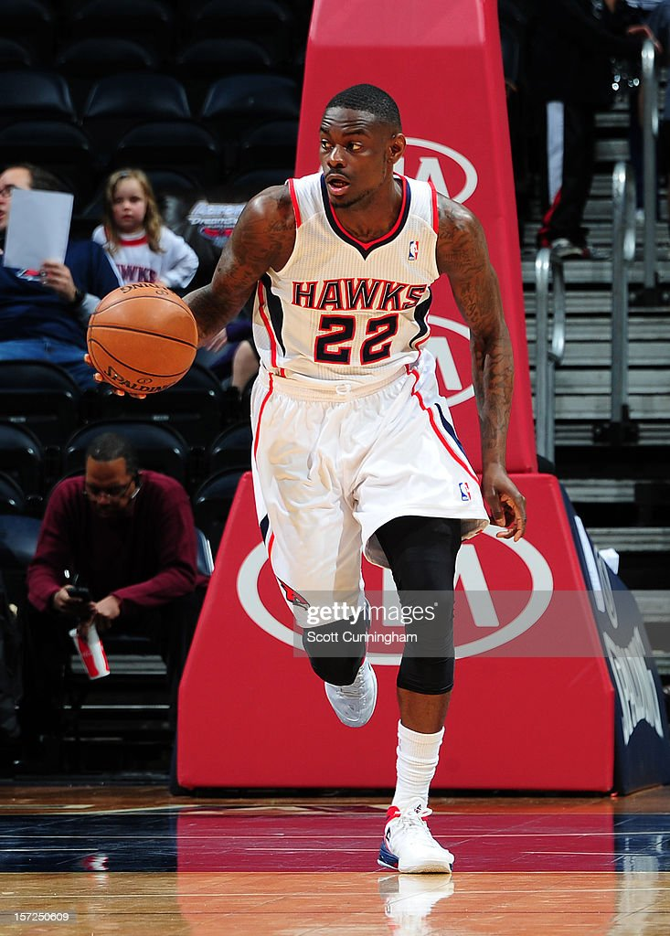 Anthony Morrow #22 of the Atlanta Hawks dribbles the ball upcourt against the Cleveland Cavaliers at Philips Arena on November 30, 2012 in Atlanta, Georgia.