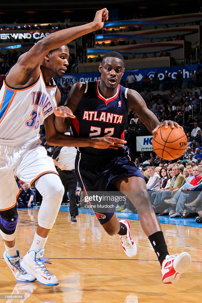 Anthony Morrow #22 of the Atlanta Hawks drives against Kevin Durant #35 of the Oklahoma City Thunder on November 4, 2012 at the Chesapeake Energy Arena in Oklahoma City, Oklahoma.
