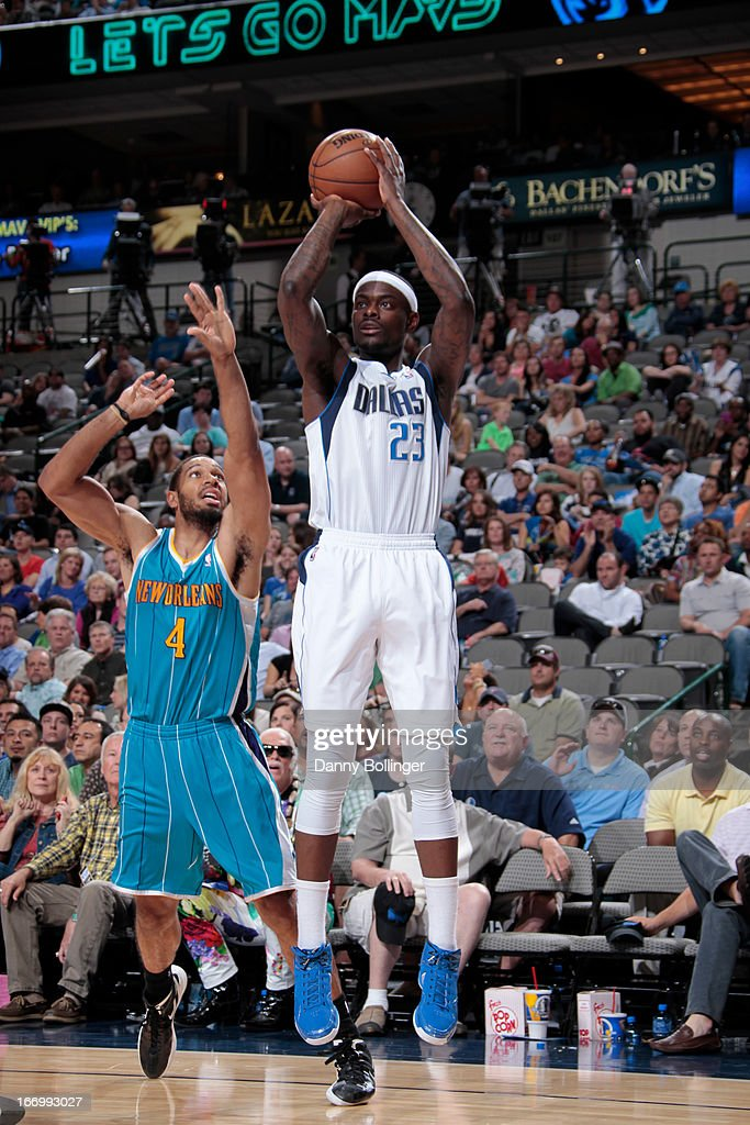 <a gi-track='captionPersonalityLinkClicked' href=/galleries/search?phrase=Anthony+Morrow&family=editorial&specificpeople=814354 ng-click='$event.stopPropagation()'>Anthony Morrow</a> #23 of the Dallas Mavericks shoots the ball against the New Orleans Hornets on April 17, 2013 at the American Airlines Center in Dallas, Texas.