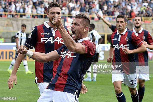 Anthony Mounier of Bologna FC celebrates after scoring the opening goal during the Serie A match between Bologna FC and Udinese Calcio at Stadio...