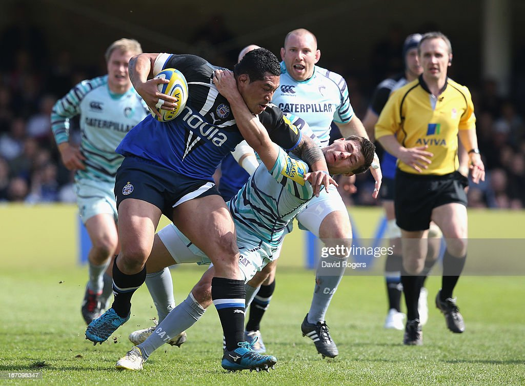 Anthony Perenise of Bath holds off <a gi-track='captionPersonalityLinkClicked' href=/galleries/search?phrase=Ben+Youngs&family=editorial&specificpeople=3970947 ng-click='$event.stopPropagation()'>Ben Youngs</a> during the Aviva Premiership match between Bath and Leicester Tigers at the Recreation Ground on April 20, 2013 in Bath, England.
