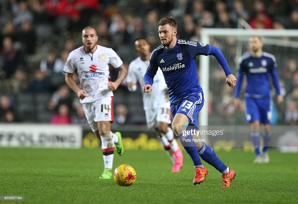<a gi-track='captionPersonalityLinkClicked' href=/galleries/search?phrase=Anthony+Pilkington&family=editorial&specificpeople=5359752 ng-click='$event.stopPropagation()'>Anthony Pilkington</a> of Cardiff City in action during the Sky Bet Championship match between Milton Keynes Dons and Cardiff City at stadium:mk on December 26, 2015 in Milton Keynes, United Kingdom.