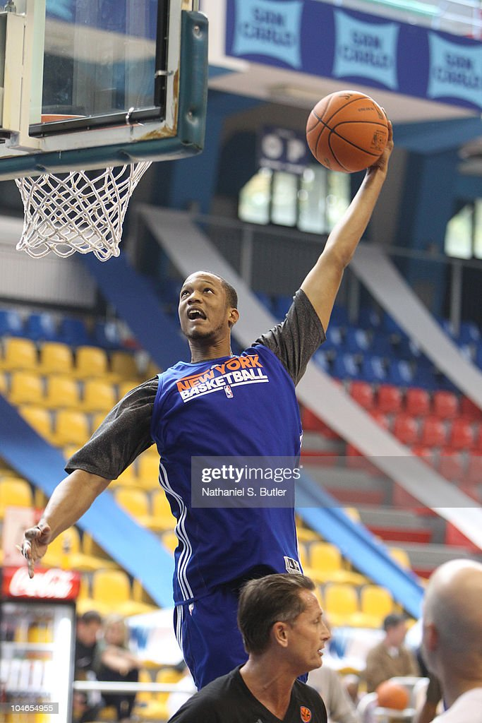 <a gi-track='captionPersonalityLinkClicked' href=/galleries/search?phrase=Anthony+Randolph+-+Basketball+Player&family=editorial&specificpeople=4679330 ng-click='$event.stopPropagation()'>Anthony Randolph</a> of the New York Knicks shoots at practice on October 2, 2010 in Milan, Italy.