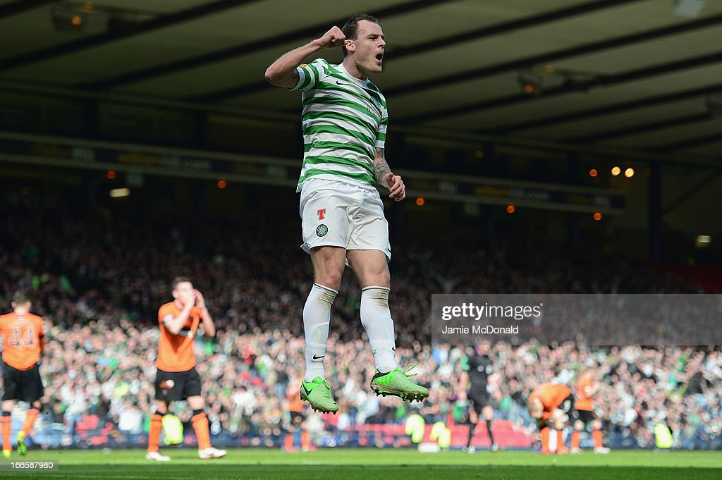 <a gi-track='captionPersonalityLinkClicked' href=/galleries/search?phrase=Anthony+Stokes&family=editorial&specificpeople=3772397 ng-click='$event.stopPropagation()'>Anthony Stokes</a> of Celtic celebrates scoring the winning goal during The William Hill Scottish Cup Semi Final between Falkirk and Hibernian at Hampden Park on April 13, 2013 in Glasgow, United Kingdom.