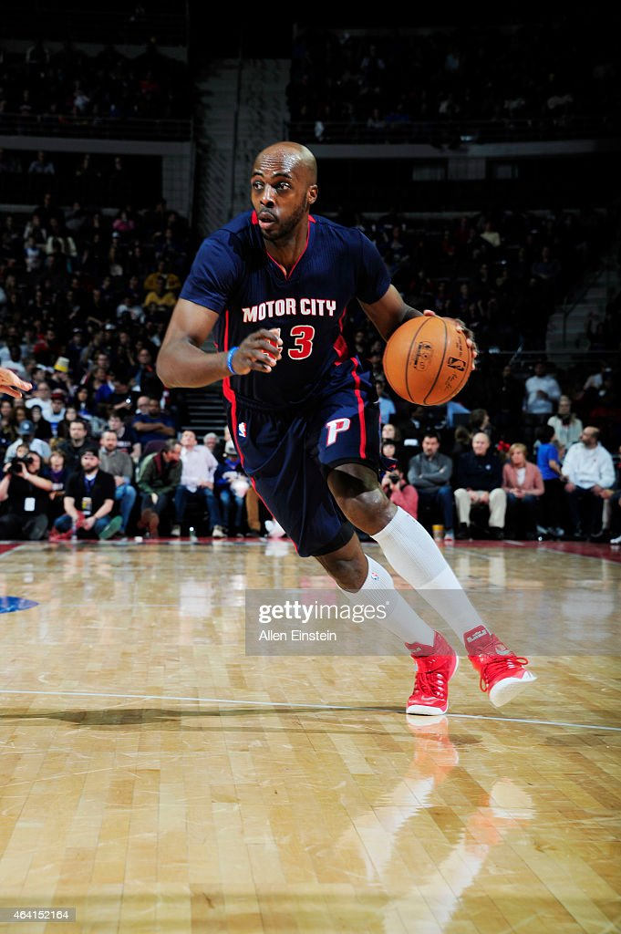 Anthony Tolliver of the Detroit Pistons drives to the basket against the Washington Wizards during the game on February 22 2015 at Palace of Auburn...