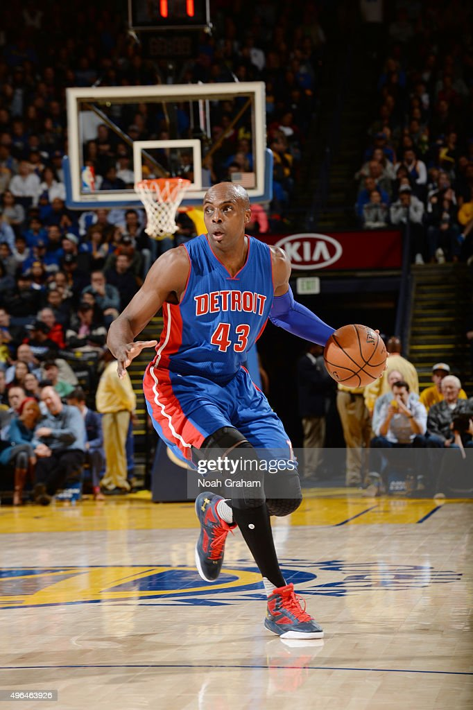 Anthony Tolliver of the Detroit Pistons handles the ball against the Golden State Warriors on November 9 2015 at ORACLE Arena in Oakland California...